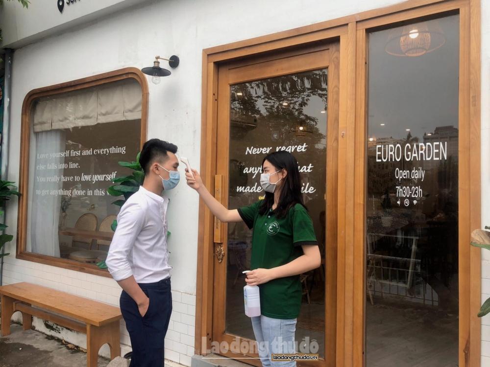 Hàng quán mở cửa trở lại: Đảm bảo phòng, chống dịch để phát triển lâu dài