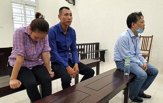 Dắt nhau vào tù vì tổ chức mang thai hộ với mục đích thương mại