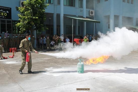Quận Bắc Từ Liêm: Tập huấn phòng cháy, chữa cháy cho lực lượng dân phòng