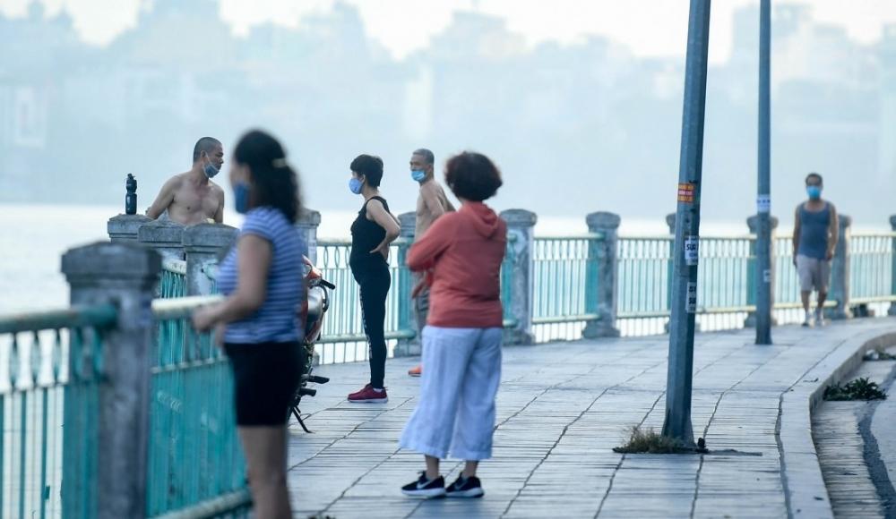 Truy vết người đi tập thể dục tại các tuyến phố quanh Hồ Tây