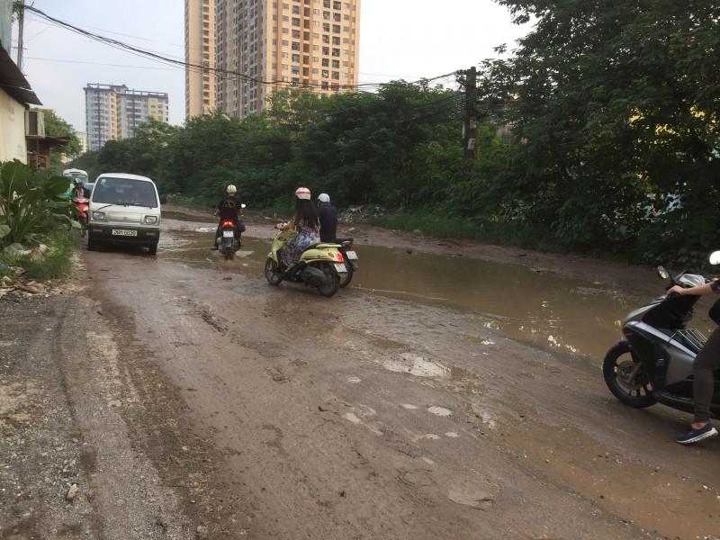 Đường Nguyễn Cảnh Dị lầy lội đến ba giờ?