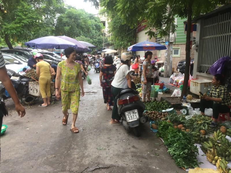 Tăng cường công tác quản lý chợ cóc, chợ tạm