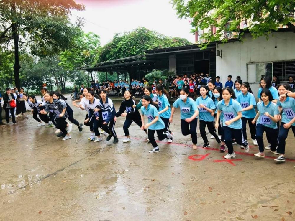 Trường THCS Trần Phú: Tích cực triển khai các phong trào thi đua yêu nước