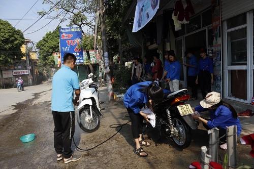 Mô hình rửa xe gây quỹ từ thiện