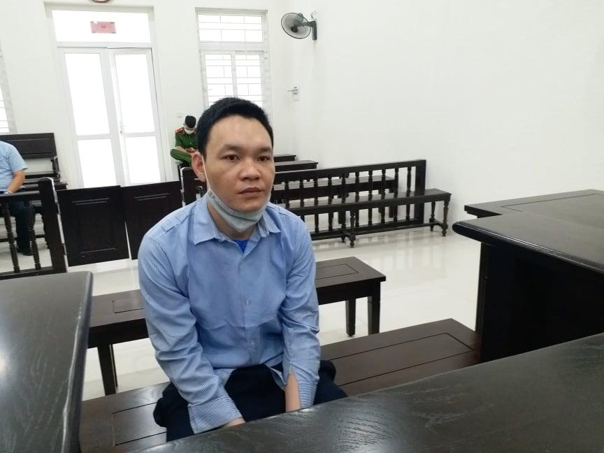 Lĩnh mức án 13 năm tù vì trộm khung nhôm mang đi bán sắt vụn