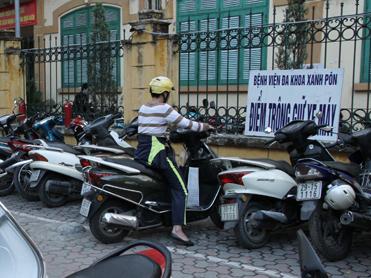 Hà Nội: Ban hành giá dịch vụ trông giữ xe đạp, xe máy, ô tô