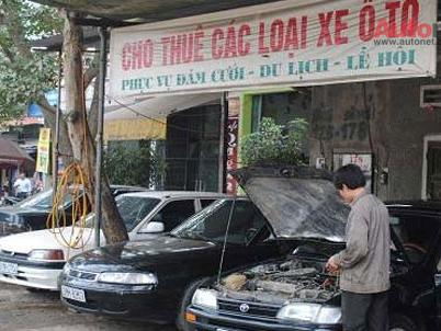 Đắt đỏ dịch vụ cho thuê xe ô tô tự lái dịp Tết