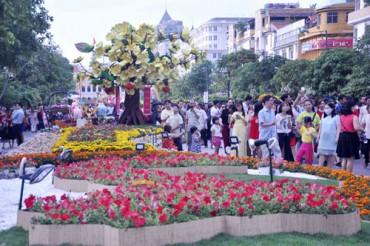 Đường hoa Tết Đinh Dậu sẽ mở cửa thêm 1 ngày để phục vụ dân
