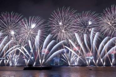 Những màn trình diễn pháo hoa ngoạn mục nhất thế giới đón năm 2018