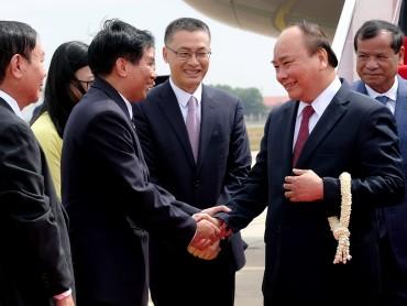 Thủ tướng đến Thủ đô Phnom Penh, Campuchia