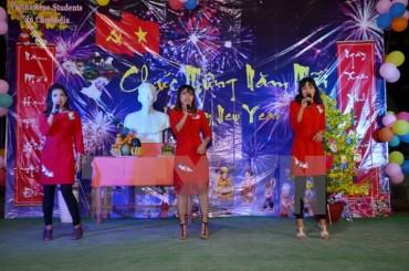 Sinh viên Việt Nam đón Tết Mậu Tuất đấm ấm tại Campuchia
