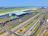 Đề xuất tạm dừng thu phí vào các cảng hàng không, sân bay
