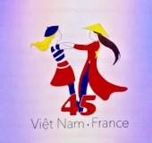 Khởi động chương trình kỷ niệm 45 năm quan hệ ngoại giao Việt Nam-Pháp