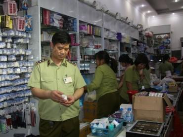 Hà Nội và Tp. HCM quyết liệt xử lý hàng nhái, hàng giả dịp Tết