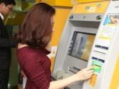 Nhà mạng của 46 ngân hàng tại Việt Nam sẽ không thu phí rút tiền ATM