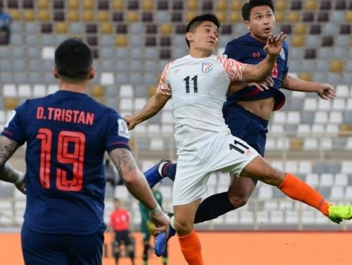 Thái Lan có nguy cơ bị loại sớm tại vòng bảng Asian Cup 2019