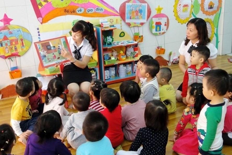 Tiếp tục đề xuất tăng lương giáo viên cao bằng công an, quân đội