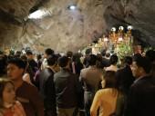Lo tắc đường, ngàn người đi chùa Hương lúc nửa đêm