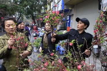5 phiên chợ đậm không khí Tết không nên bỏ lỡ ở Hà thành