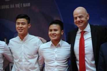 Vì sao Chủ tịch FIFA nói 'Việt Nam có nền bóng đá vĩ đại'?
