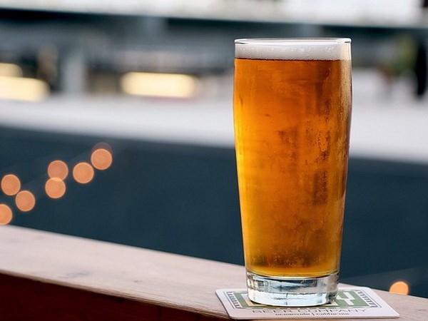 Uống rượu, bia ở mức độ vừa phải sẽ giúp kéo dài tuổi thọ