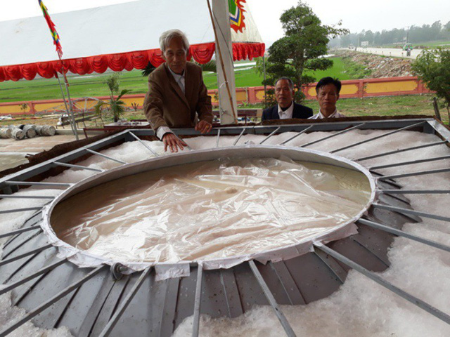 Bánh dày hơn 3 tấn dành dâng giỗ tổ Hùng Vương