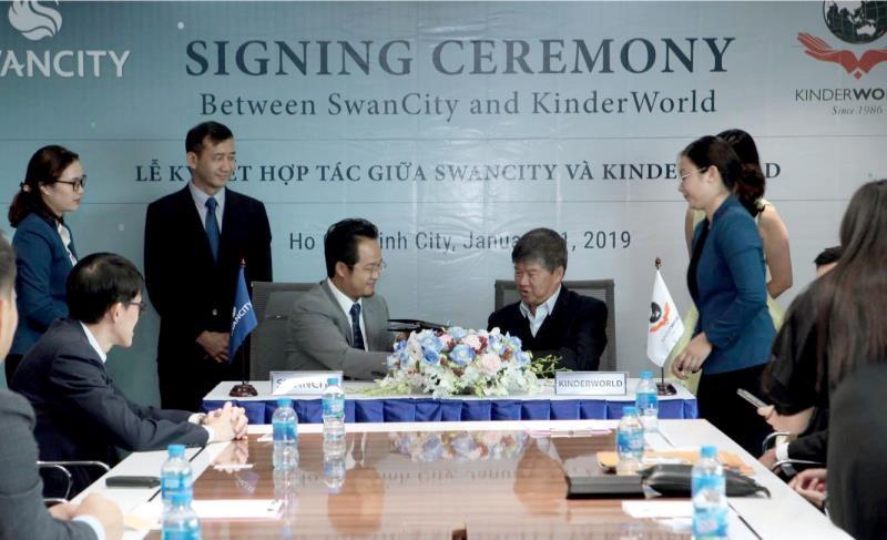 SwanCity hợp tác cùng KinderWorld phát triển hệ thống giáo dục chuẩn Singapore