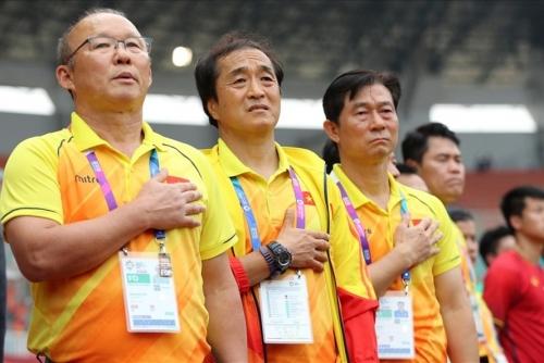 Trợ lý số 1 của HLV Park Hang-seo sẽ dẫn dắt U22 Việt Nam dự SEA Games 30