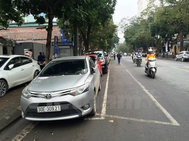 Hà Nội dừng đỗ xe chéo để thí điểm thu phí trông giữ theo giờ