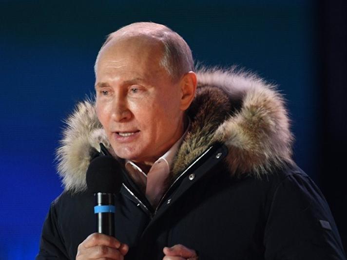 Ông Vladimir Putin tái đắc cử tổng thống Nga với số phiếu áp đảo