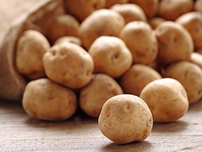 Vì sao không nên để khoai tây trong tủ lạnh?