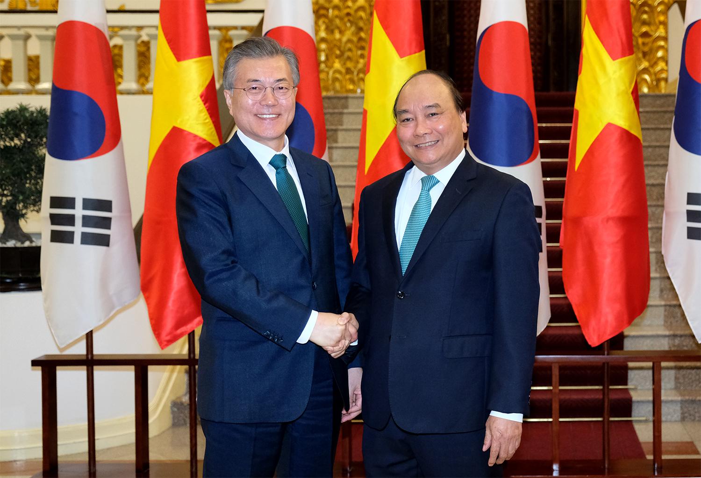 Thủ tướng Nguyễn Xuân Phúc hội kiến Tổng thống Hàn Quốc