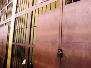 Từ 29-3: Phạm nhân được ăn cơm riêng với 3 người nhà