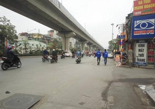 Bề mặt nhiều trục đường giao thông xuống cấp nghiêm trọng
