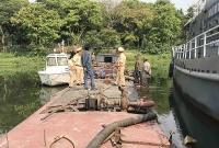 Thừa Thiên Huế: Bắt thuyền khai thác cát trái phép trên sông Hương
