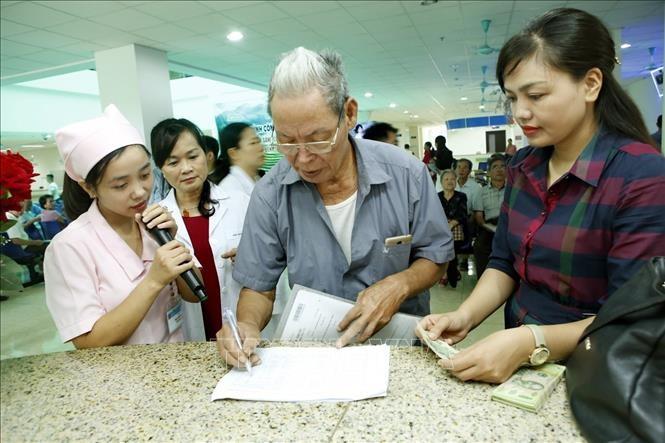 Nghề công tác xã hội trong bệnh viện: Nên được đào tạo bài bản