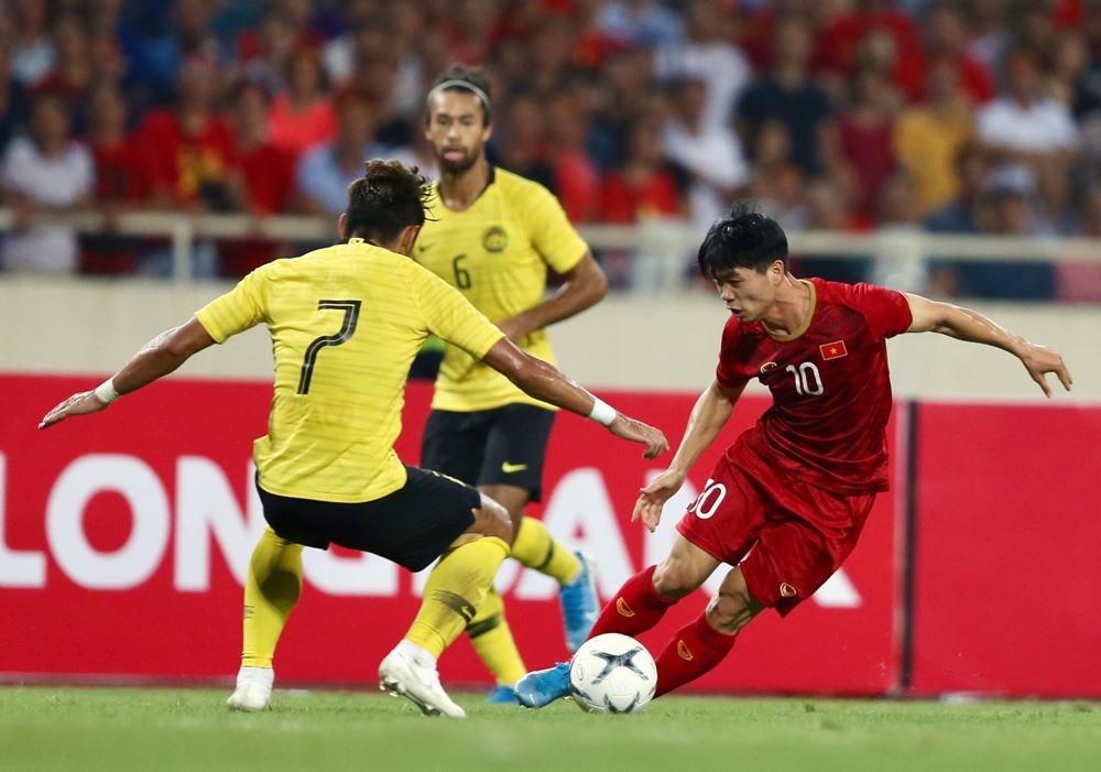 Tuyển Việt Nam hưởng lợi thế nào sau khi hoãn vòng loại World Cup 2022?