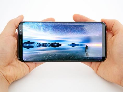 Màn hình vô cực trên Galaxy S8: Khởi đầu của sự dẫn đầu