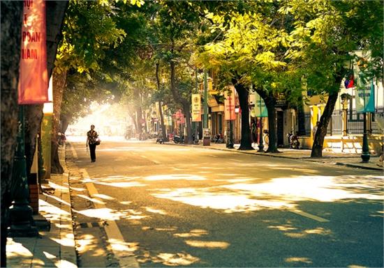 Cuối tuần, Hà Nội nắng nóng, nhiệt độ cao nhất tới 35 độ C