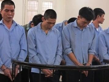 Hà Nội: Đường dây chuyên bẻ trộm gương ô tô lĩnh án