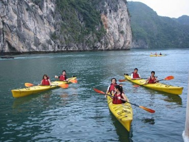 Cập nhật một số dịch vụ vui chơi dưới nước trên vịnh Hạ Long