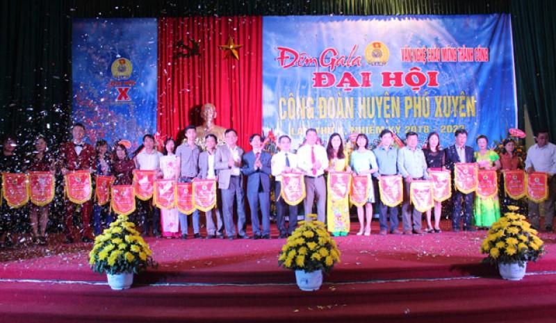 LĐLĐ huyện Phú Xuyên: Tổ chức tốt nhiều phong trào thi đua