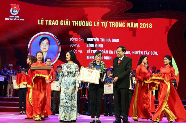 Cô gái đất võ Tây Sơn duy nhất nhận giải thưởng Lý Tự Trọng 2018