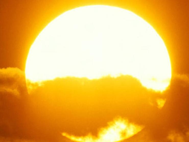 Dự báo thời tiết 12/4: Cả nước bước vào đợt nắng nóng 37-38 độ C