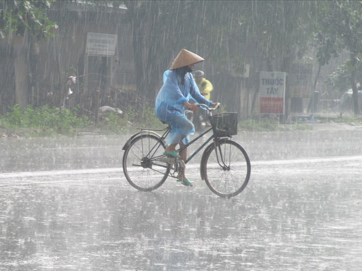 Gió mùa Đông Bắc gây mưa đá, tố, lốc ở Bắc Bộ và Bắc Trung Bộ