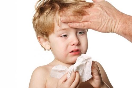 Những lưu ý bố mẹ cần biết khi trẻ bị viêm xoang