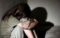 Phân biệt 2 tội cưỡng dâm và hiếp dâm