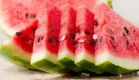 Tác hại của việc ăn no dưa hấu
