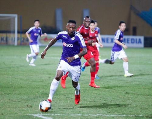 Thắng TP.HCM, Hà Nội FC đánh chiếm ngôi đầu bảng V.League