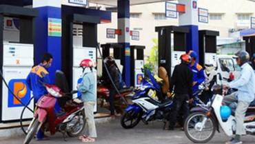 """Kìm tăng giá xăng dầu vì doanh nghiệp lãi """"khủng""""?"""